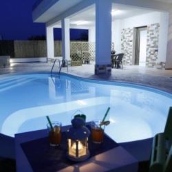 Casa Vacanze Villa Con Piscina A 200 Metri Dal Mare